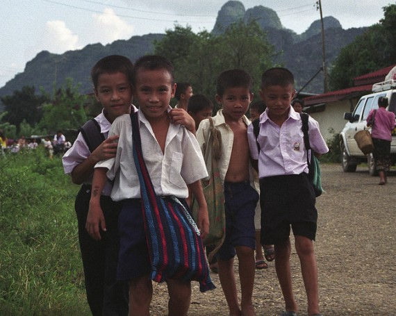 laos-school-children-570x455.jpeg