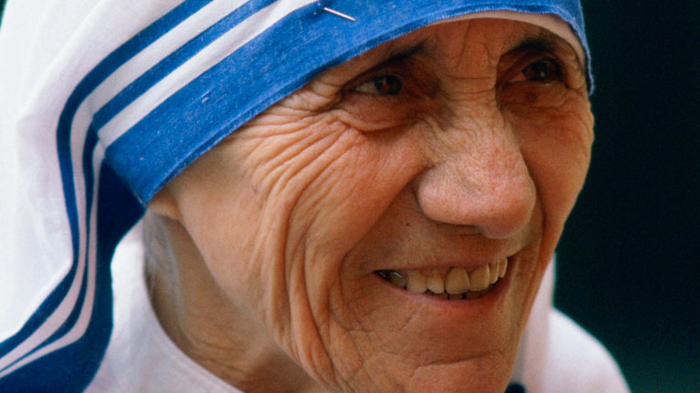 mother-teresa-biography.jpg