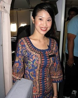 Beautiful-Singapore-Airlines-AirHostess-4.jpg
