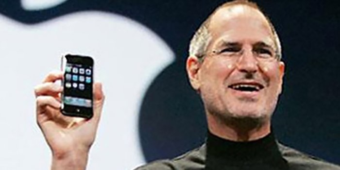 steve-jobs-an-extraordinary-career1.jpg